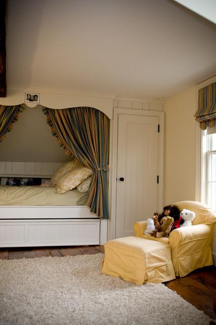 Kid's Bedrooms traditional-kids