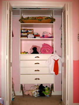 Kid's Closets traditional-kids