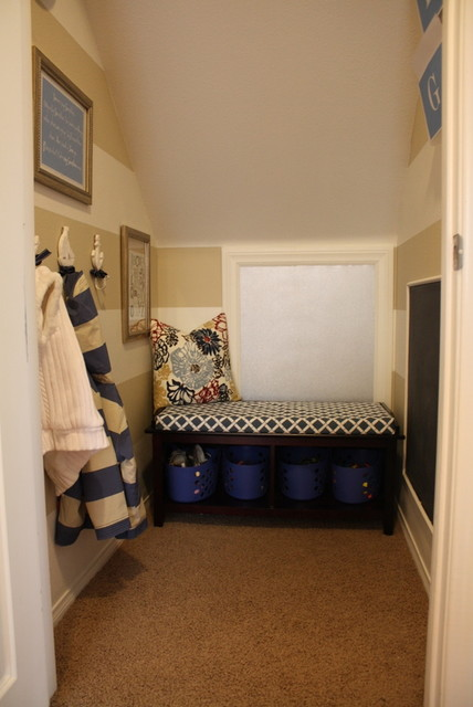 Kids' Mudroom traditional-kids