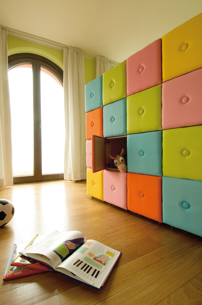 Inspiration for a contemporary playroom remodel in New York