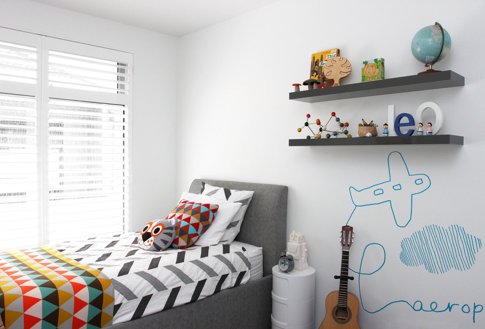 Example of a trendy boy kids' bedroom design in Melbourne