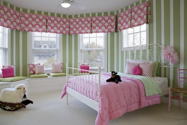 Little girls Bedroom traditional-kids