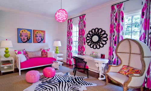 A Funky and Chic Bedroom