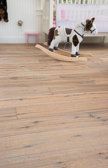 Marseille antique oak flooring remodel child 39 s room for Flooring sherman oaks