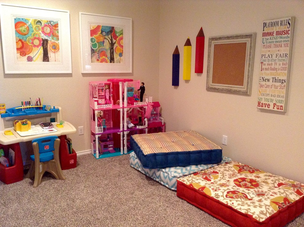 Example of an eclectic kids' room design in Oklahoma City