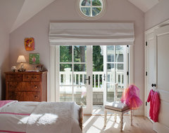 Mill Valley Classic Cottage traditional kids