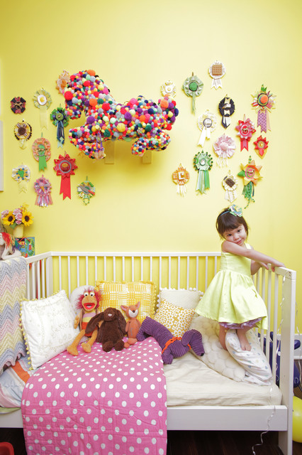 My Houzz: Colorful Hand Painting Bedecks a Creative Home eclectic-kids
