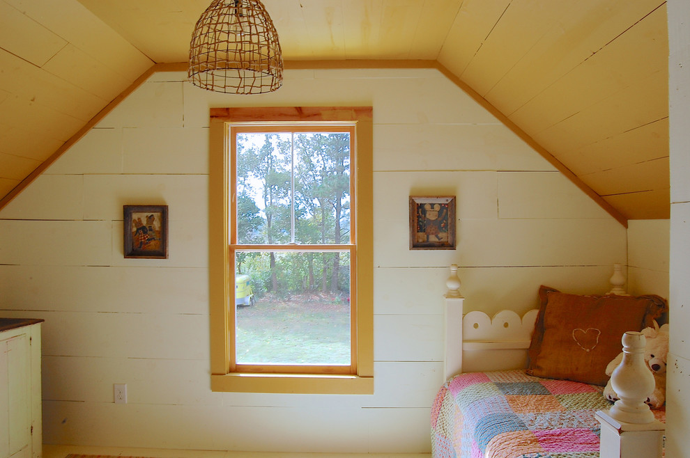 Example of a farmhouse kids' room design in New York