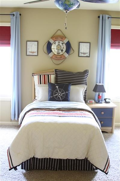 Lovelace files nautical themed toddler room for Bedroom ideas nautical
