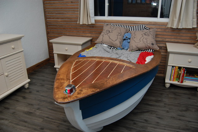 Oliver laurins nautical themed toddler bedroom