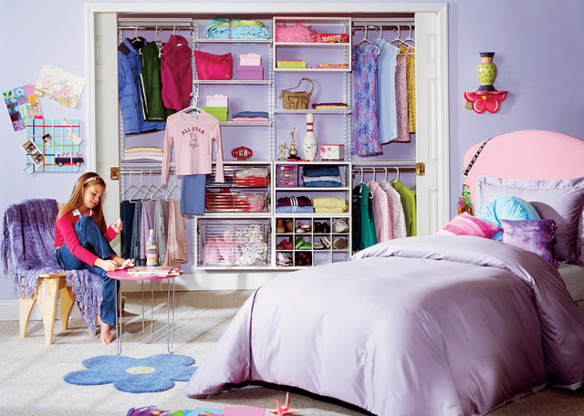 Organized teen closet design organized living for Organized kids rooms