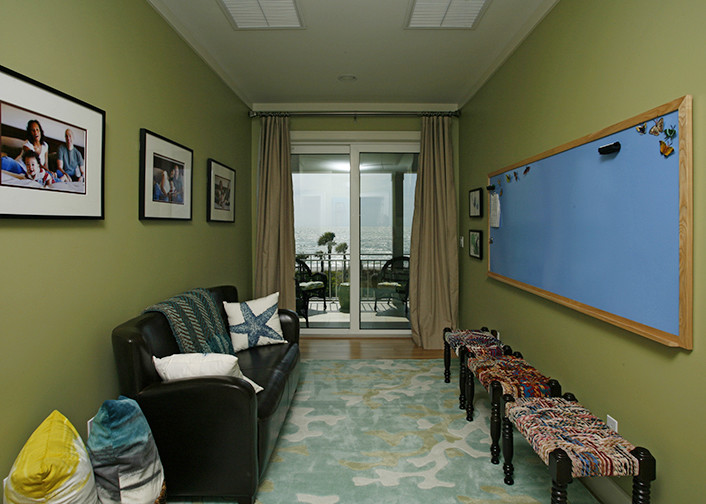 Example of a beach style kids' room design in Tampa