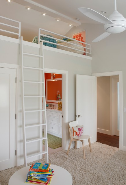 Example of a transitional kids' bedroom design in Orange County