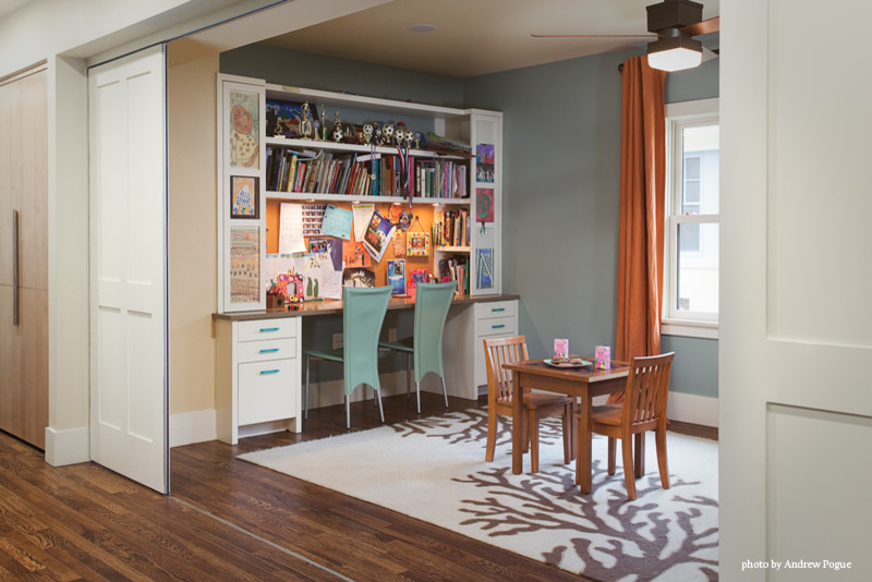 Example of a trendy kids' room design in Austin