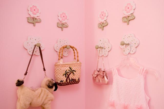 Teenage Rooms: Pretty In Pink Little Girls Bedroom