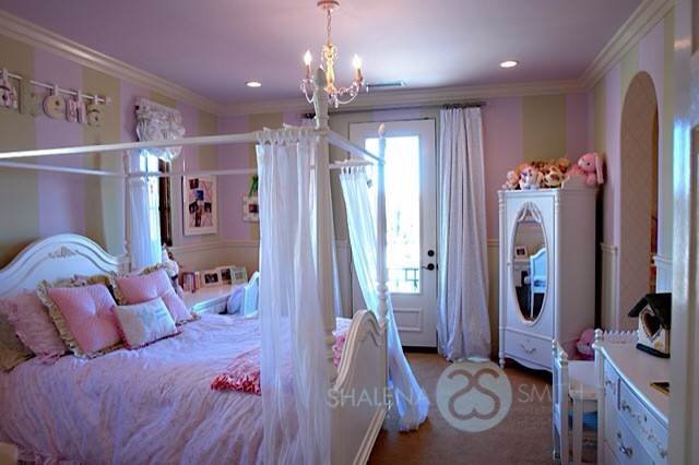 Princess Big Girl Room with Poster Bed - Traditional - Kids ...
