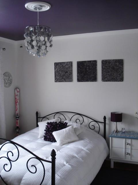 Purple Ceiling Room