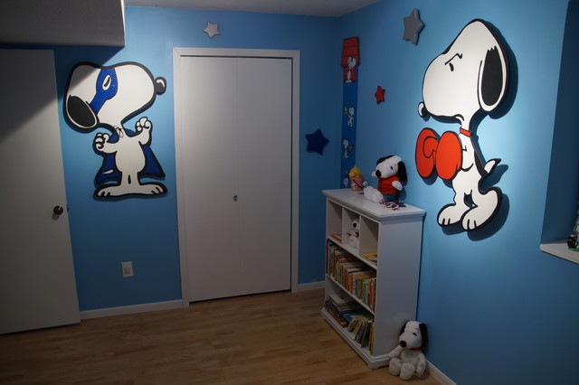 Snoopy Bedroom Traditional Kids