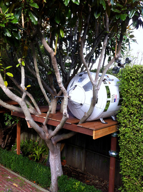 Space Capsule Tree Play House eclectic-kids