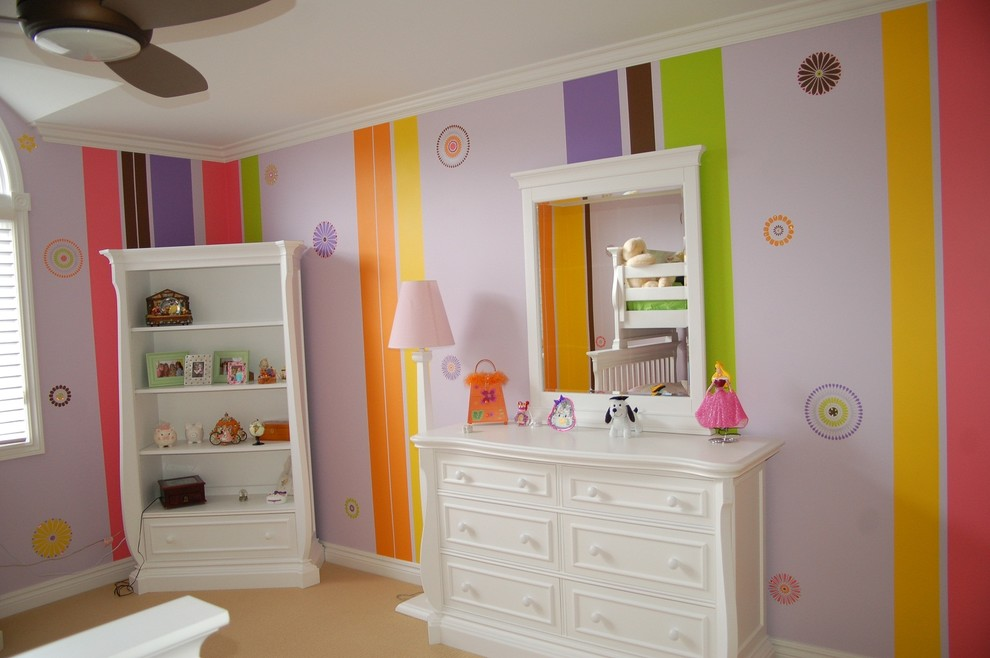 Example of a classic kids' room design in Detroit with multicolored walls