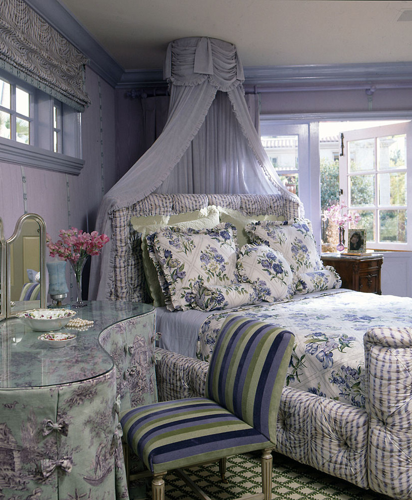 Inspiration for a shabby-chic style girl kids' room remodel in Los Angeles with purple walls