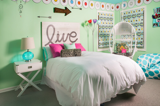 Swinging teenage bedroom contemporary kids chicago for Rooms 4 kids chicago