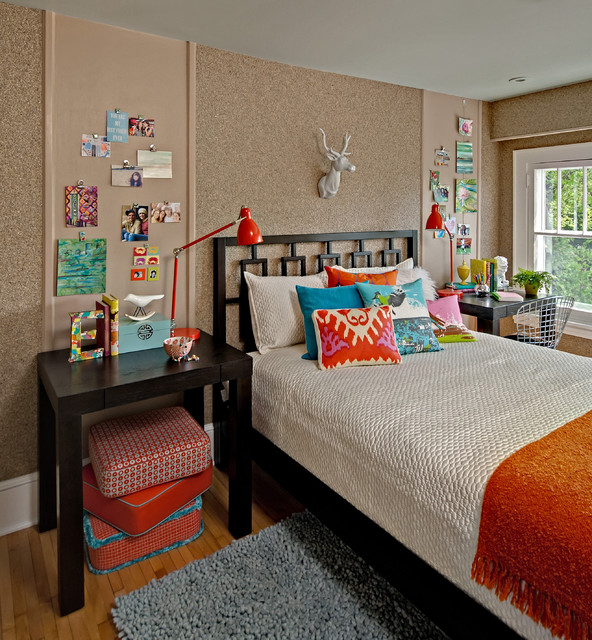 Kidsu0027 Room   Mid Sized Eclectic Girl Medium Tone Wood Floor And Beige Floor