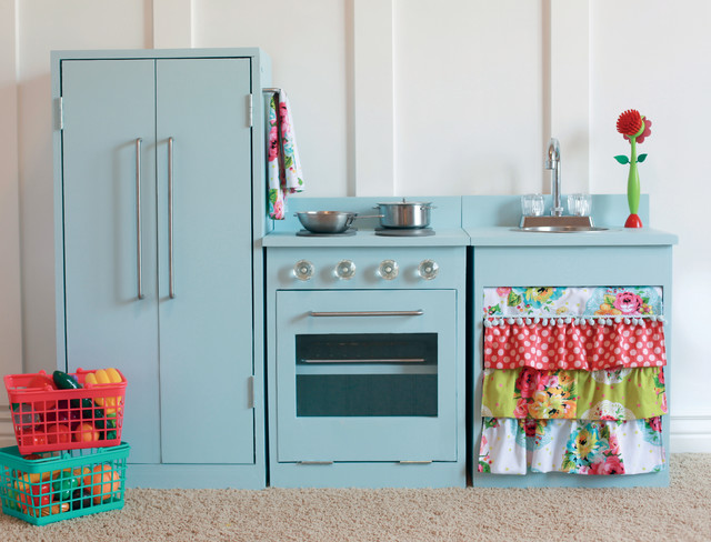How to Make an Enchanting Kids\' Play Kitchen