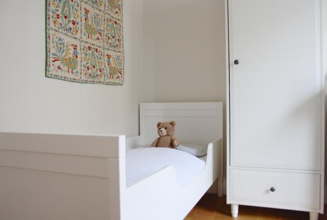 Kids' room - contemporary kids' room idea in Amsterdam