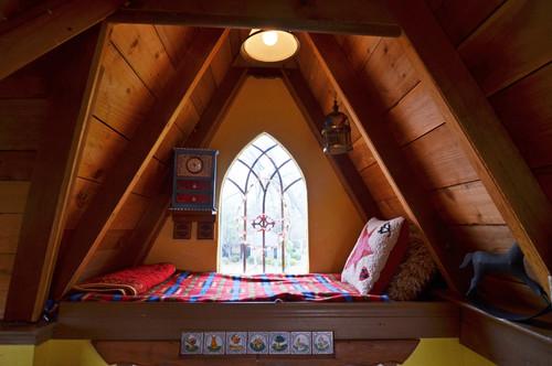Tree house sleeping loft