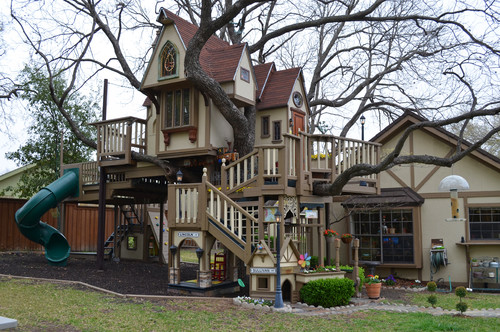 Tree House For Kids Is Most Incredible Tree House Ever