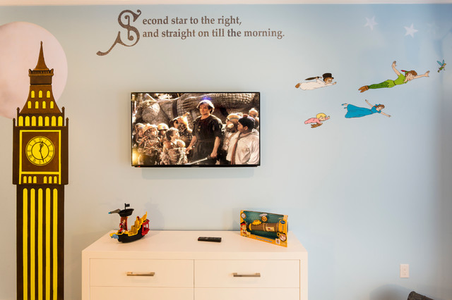 Inspiration for a contemporary kids' room remodel in Orlando