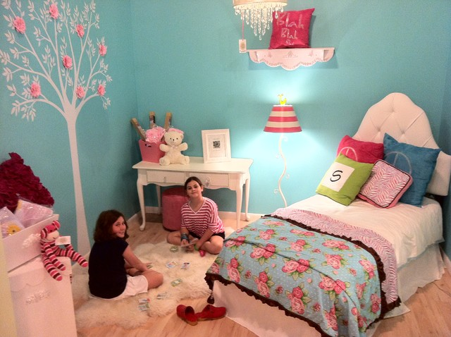 Tiffany Blue Girl 39 S Bedroom Traditional Kids Miami By Palm Beach