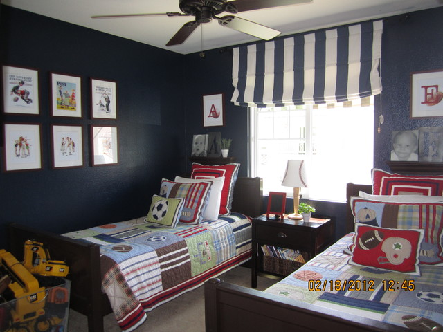 Twins Room traditional