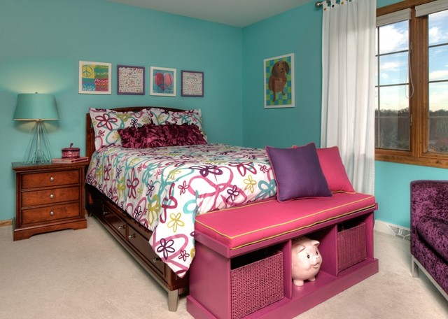 Teenage girl 39 s bedroom traditional kids milwaukee by suzan j designs decorating den - Bedroom colors for teenage girls ...