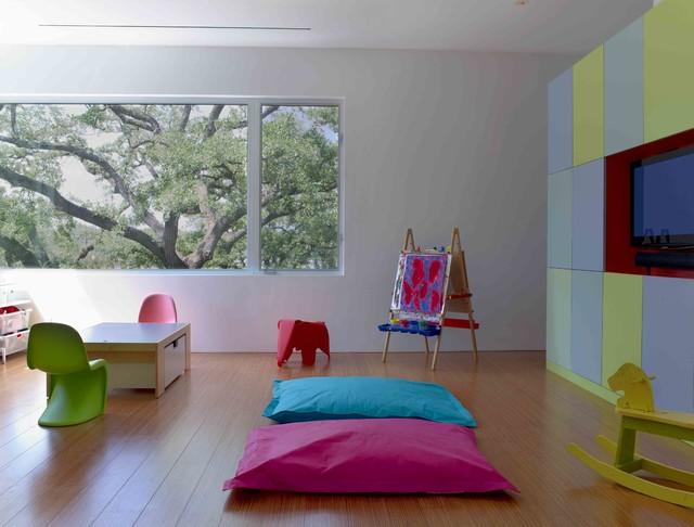 Minimalist playroom photo in Houston