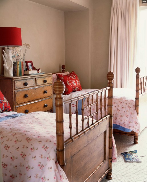 Wendi Young Design traditional-kids