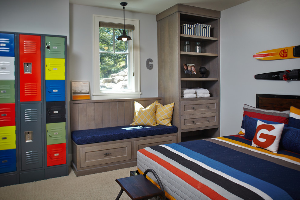 Inspiration for a beach style kids' room remodel in Grand Rapids with gray walls