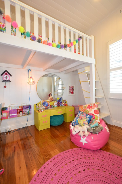 Design ideas for a traditional kids' room for girls in Brisbane.