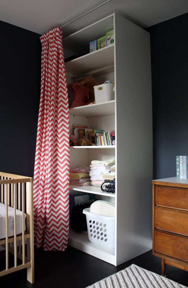 Example of a minimalist kids' room design in Seattle