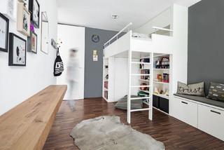 Jugendzimmer hochbett skandinavisch kinderzimmer m nchen von heikeschwarzfischer - Babyzimmer skandinavisch ...