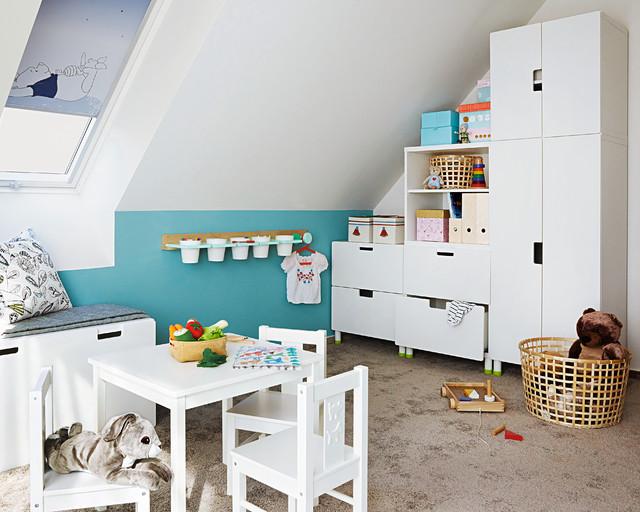 Kinderzimmer mit viel Stauraum - Skandinavisch - Kinderzimmer ...