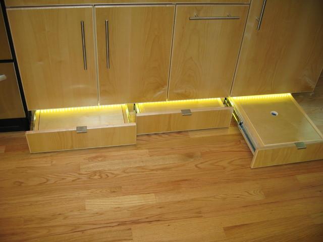 1002-McAllister kitchen modern-kitchen