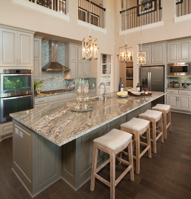 105 Rancho Trail Partners In Building Transitional Kitchen Austin By Five Star Interiors Houzz