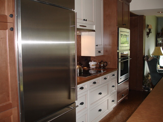 10th Avenue traditional-kitchen
