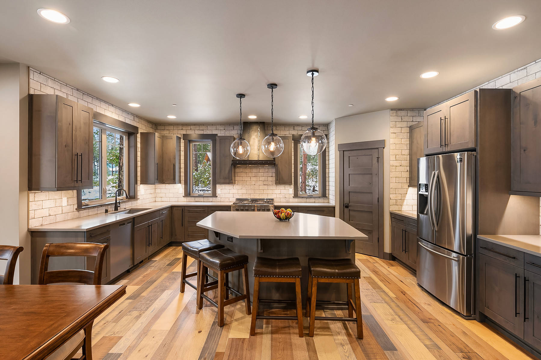 75 Beautiful Kitchen With Brown Cabinets And Subway Tile Backsplash Pictures Ideas March 2021 Houzz