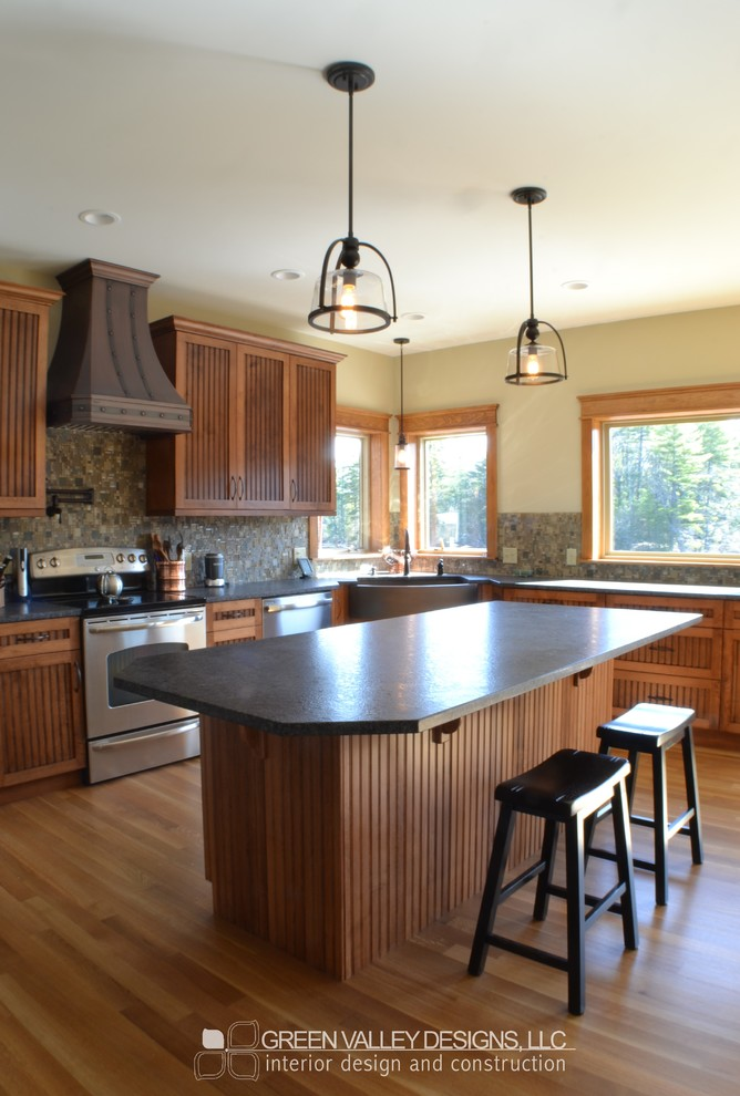 #116 Maple Cabinets: Beadboard Doors with Tuscany Stain ...