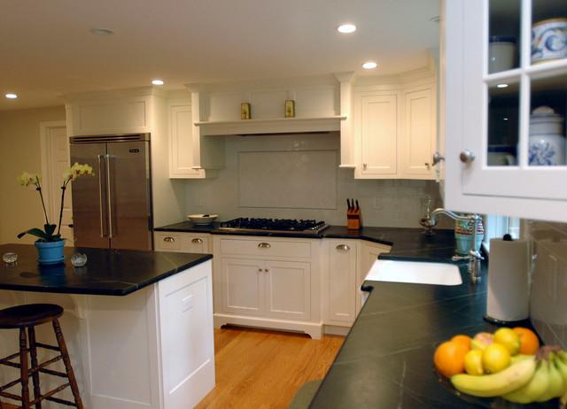 1223-ML farmhouse-kitchen