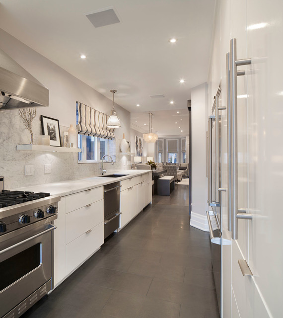 13 Foxley St Transitional Kitchen Toronto By Ruby Photography Studio
