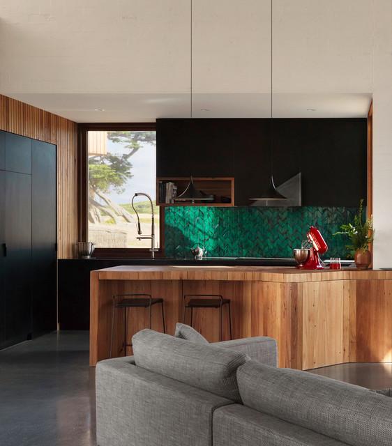 13th Beach House Kitchen
